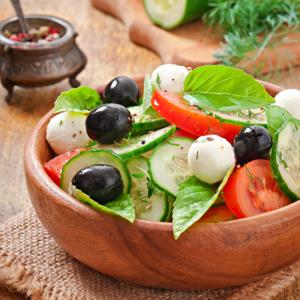 fresh-vegetable-greek-salad-close-up2